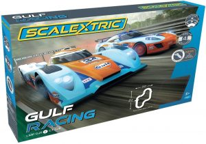 SCALEXTRIC GULF RACING SET - GULF LMP VS GT GULF